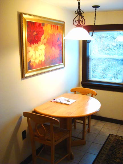 1st Floor Mountain Getaway Room - dining nook - at Sky Chalet Mountain Lodge